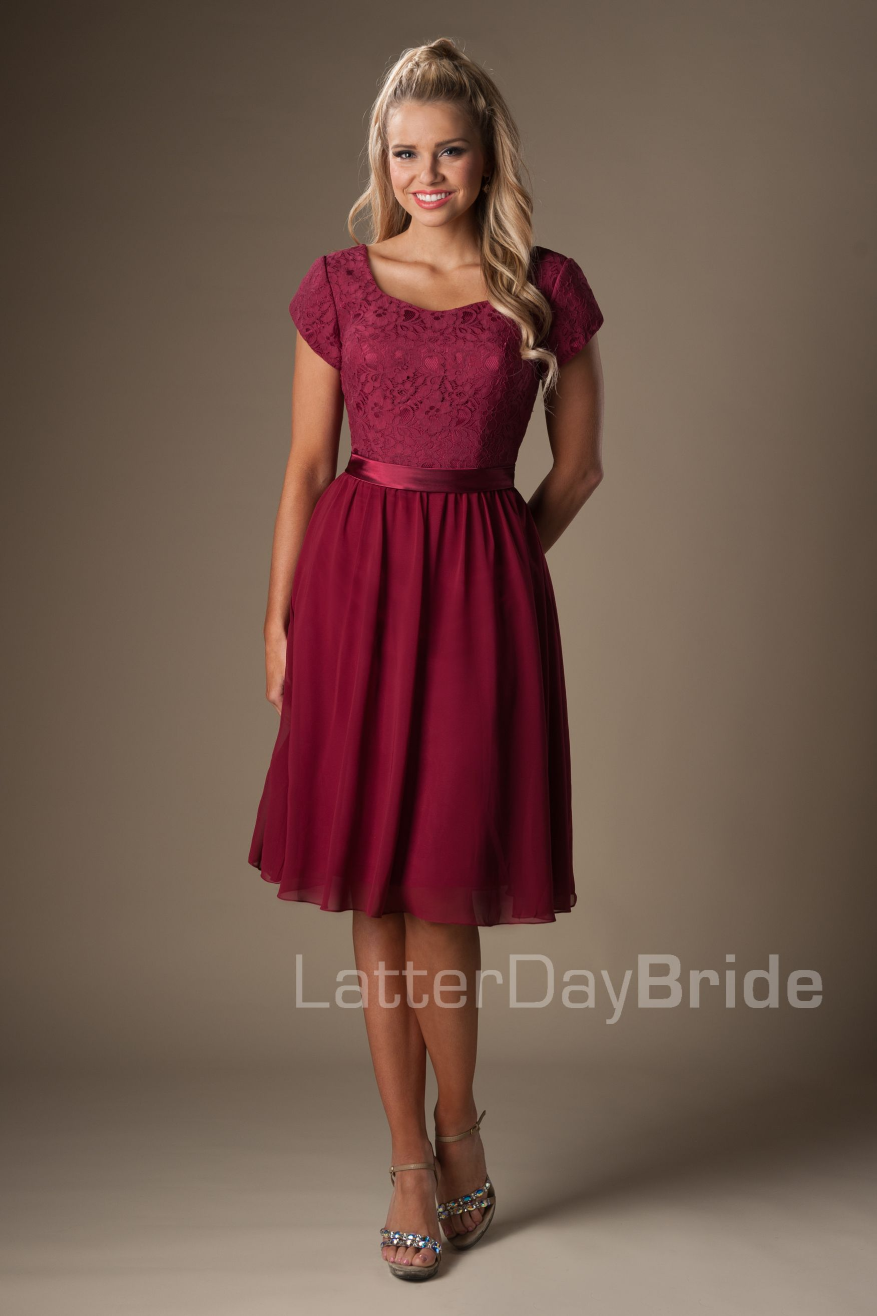 I love the style of this bridesmaid dress super cute lace and i love the style of this bridesmaid dress super cute lace and the hairstyle ombrellifo Choice Image
