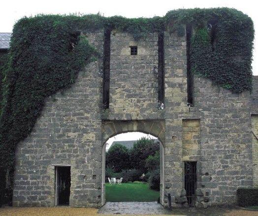 Tour-porche (vestiges), Boissy-la-Rivière
