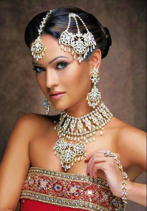 Épinglé sur Maquillage oriental pour mariage libanais et