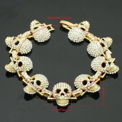 another match to the milti skull necklace