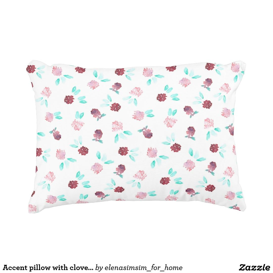 Accent pillow with clover flowers