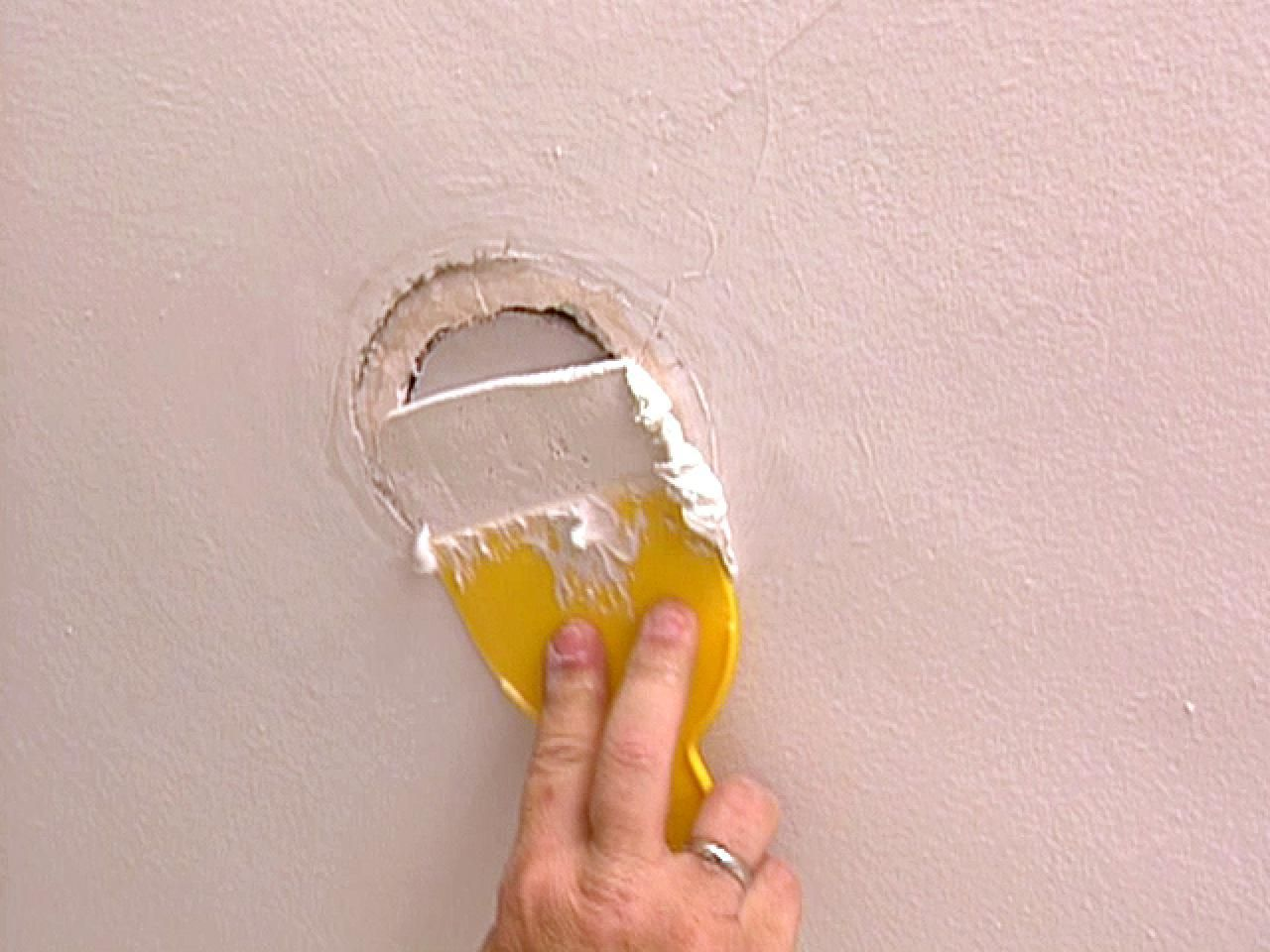 How To Patch A Ceiling Hole Drywall Ceiling Drywall Repair Plaster Ceiling