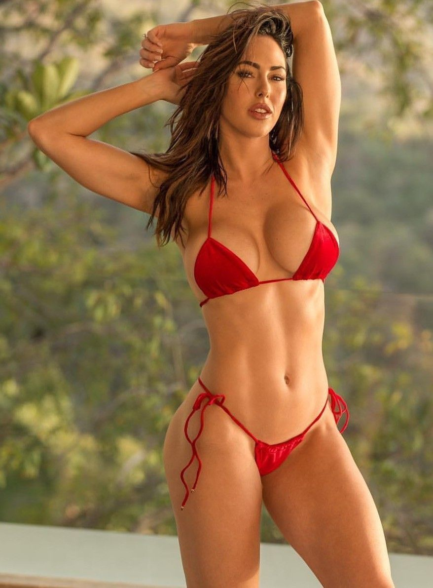 Woman En Bikini Superb FigureSexy Guapas Chicas HYWD9IE2