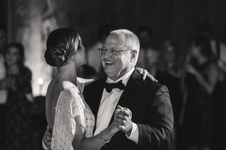 bride and father dance | fabmood.com