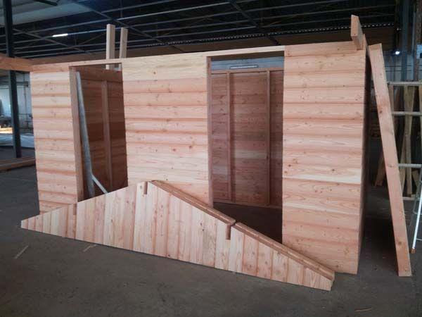 fabrication abris bois en panneau abri jardin en bois Pinterest