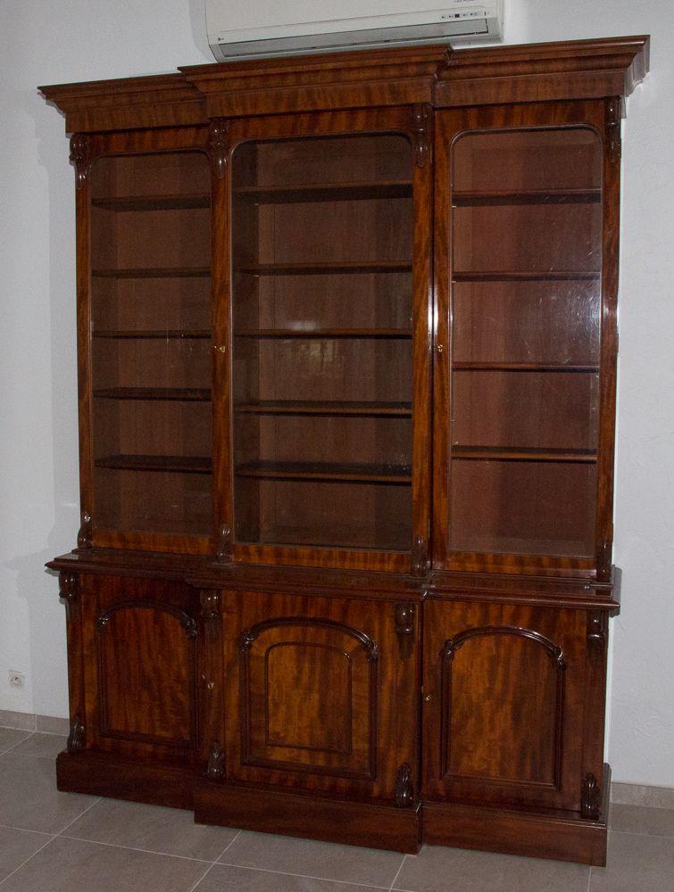 Bibliotheque Anglaise En Acajou Milieu Xixe Siecle Bibliotheques Acajou Bibliotheque Mobilier De Salon