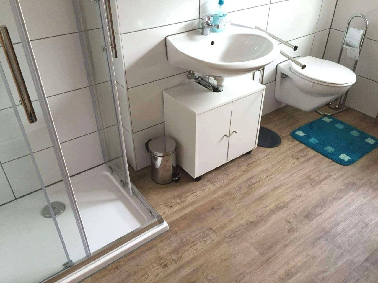 Badezimmer Ideen Boden Badezimmer Fliesen Kaufen Pvc Boden Pvc Badezimmer 0d Gallery Bad Fliesen Zuerst Boden Oder Wand Badezimmer Fliesen Mosaik Bad Erstau