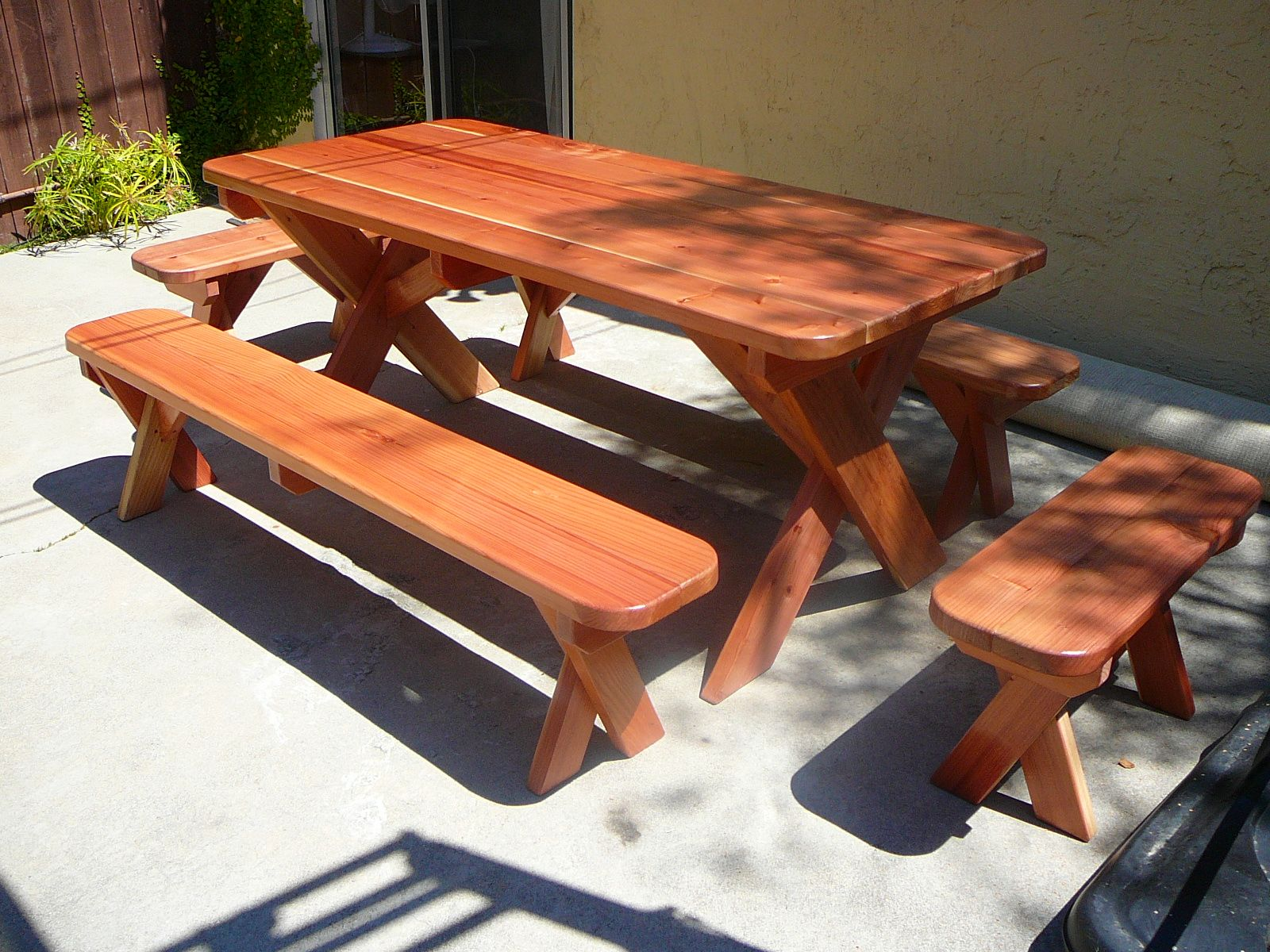 Picnic Table Bench Plans   6ft. Redwood Picnic Table And 4 Benches