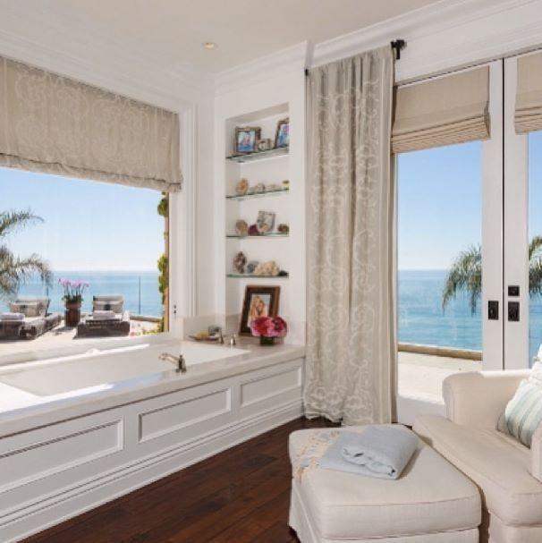 A Last Look At The Home David And Yolanda Shared Before Announcing Their Divorce Yolanda Foster Home Malibu Homes Malibu Mansion