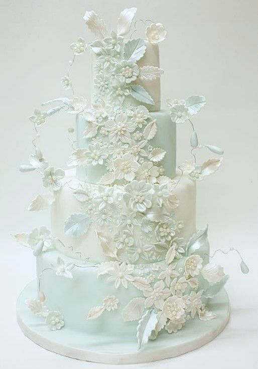 Blue & white wedding cake.