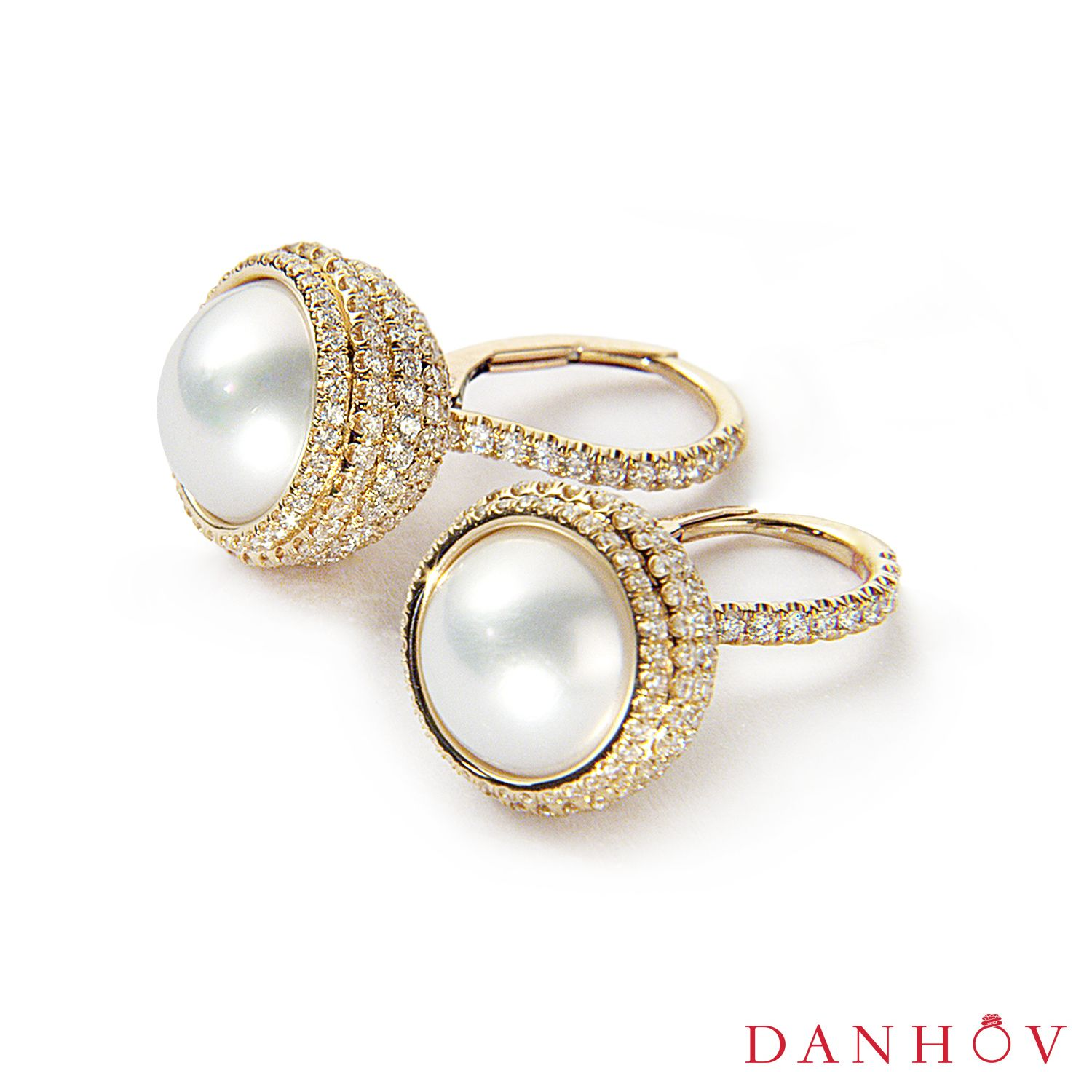 Elegant Set Of Fine Jewelry Pearl Ring And Earrings By Danhov Jewelry Designer Www Danho Designer Engagement Rings Luxury Jewelry Brands Unique Wedding Bands