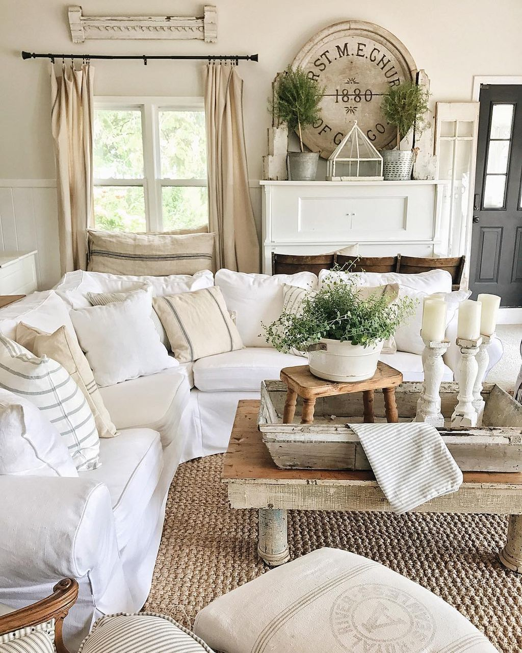 White Country Living Room Decorating Ideas: Beautiful White Shabby Chic Living Room Decoration Ideas