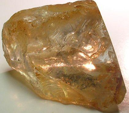 images/facet-rough/quartz/rutilated-quartz-07072011-2-1.jpg.jpg