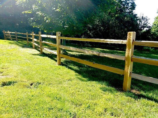3-Rail Western Red Cedar Split Rail Post and Rail Fence with Welded ...