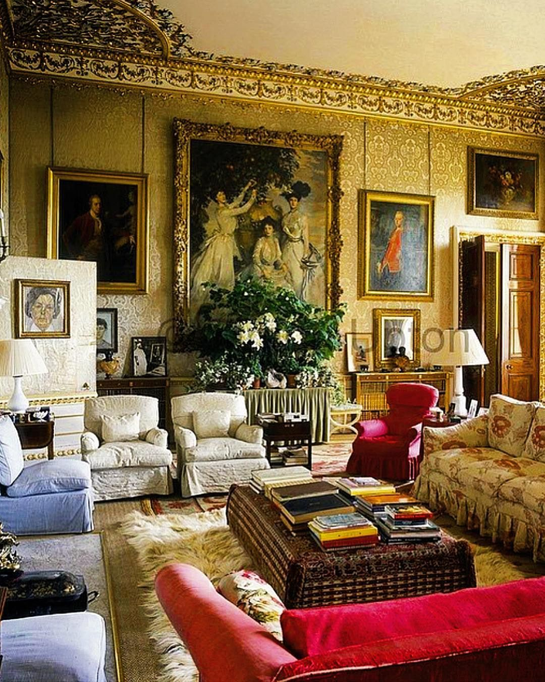Living Room Sketch: Impeccable 'Blue Drawing Room' At The Historical