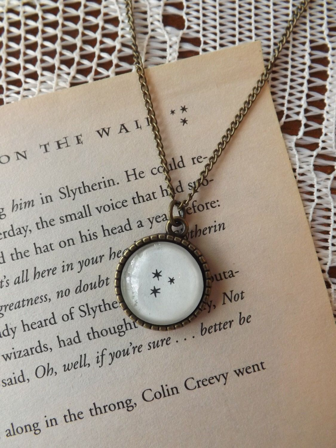 Harry Potter Chapter Stars Necklace Charm Made Using An Actual Book Page Harry Potter Necklace Star Necklace Potter