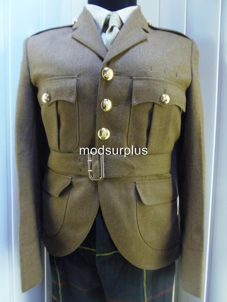 Irish Guards Begilt Service Dress Buttons