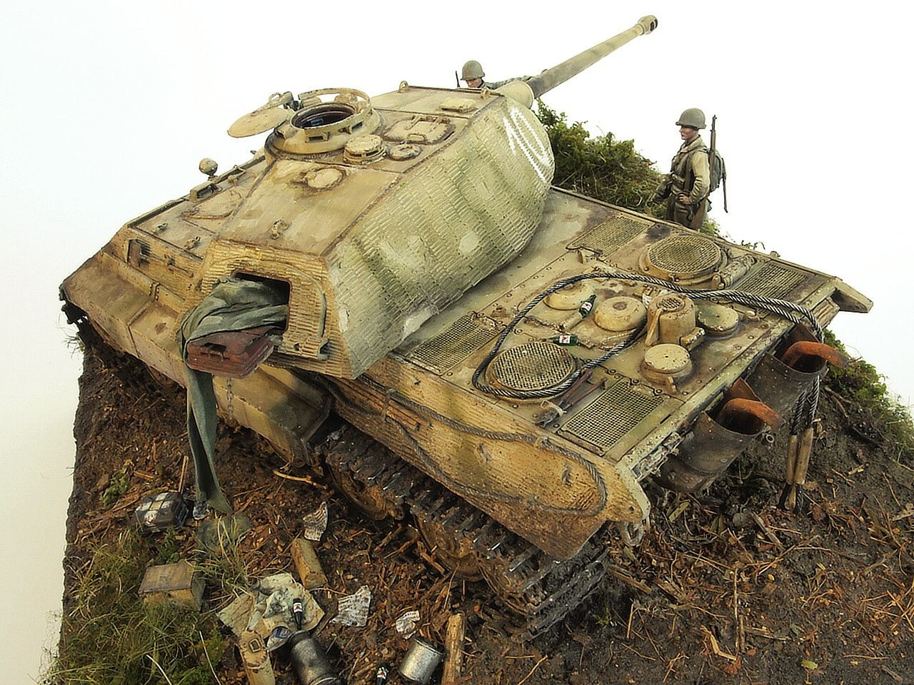 Plastic Model King Tiger Porsche Panzerkompanie 316 Dragon