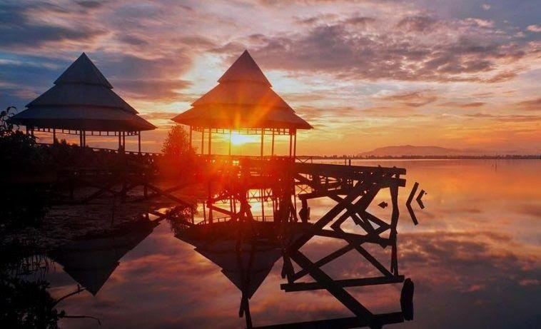 Terpopuler 30 Pemandangan Kota Jayapura Malam Hari 17 Tempat Wisata Di Jayapura Papua Yang Sedang Hits Dikunjungi Download Keindahan Di 2020 Pemandangan Tempat Kota