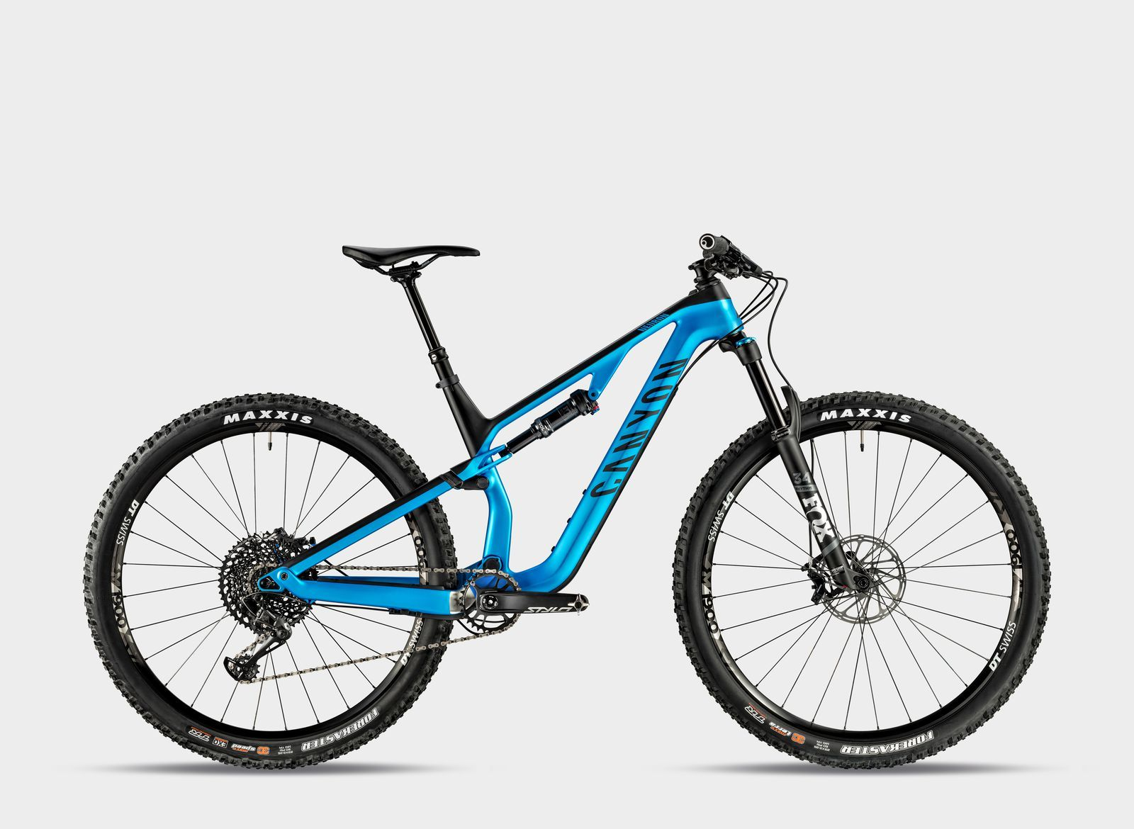 The Canyon Neuron Cf 9 0 Sl Is An Xc Racer S Trail Bike Mountain Biking Bike Canyon Strive