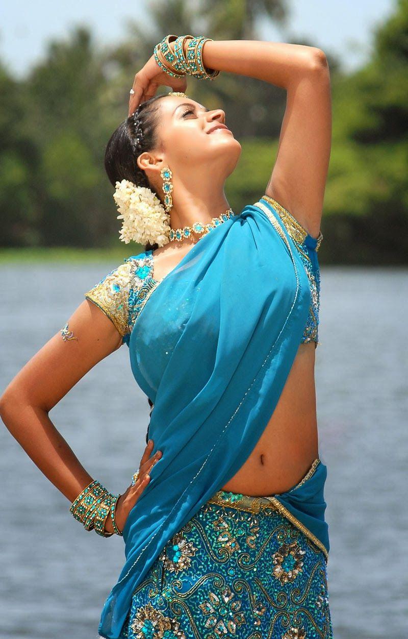 Panel Currey Bhavana Hot Navel Pics In Blue Saree Mahatma Movie Stills Mobile