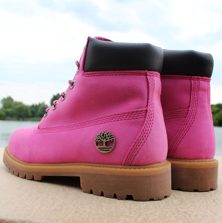 73d50b7e692e Susan G. Komen x Timberland Breast Cancer Awareness Pink Boot (5 ...