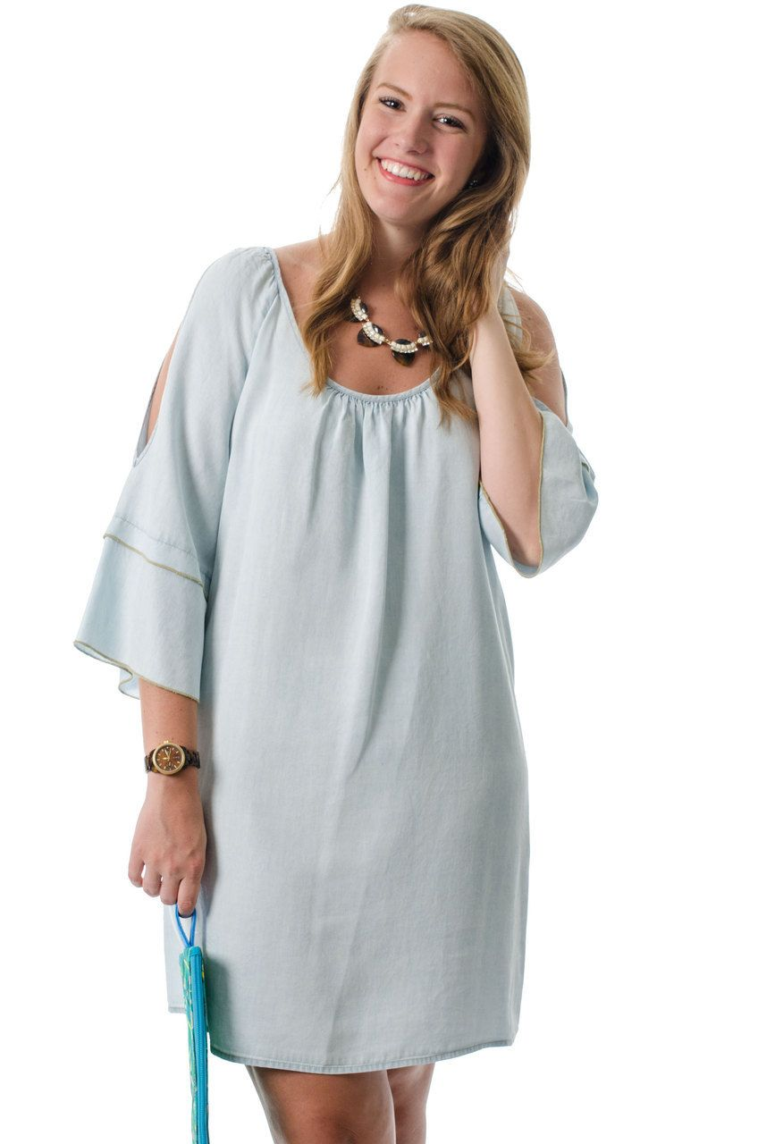 Perfect for an afternoon brunch or a company picnic, this chambray slit sleeve dress is sure to be the talk of the day! Shop now at lmaeboutique.com