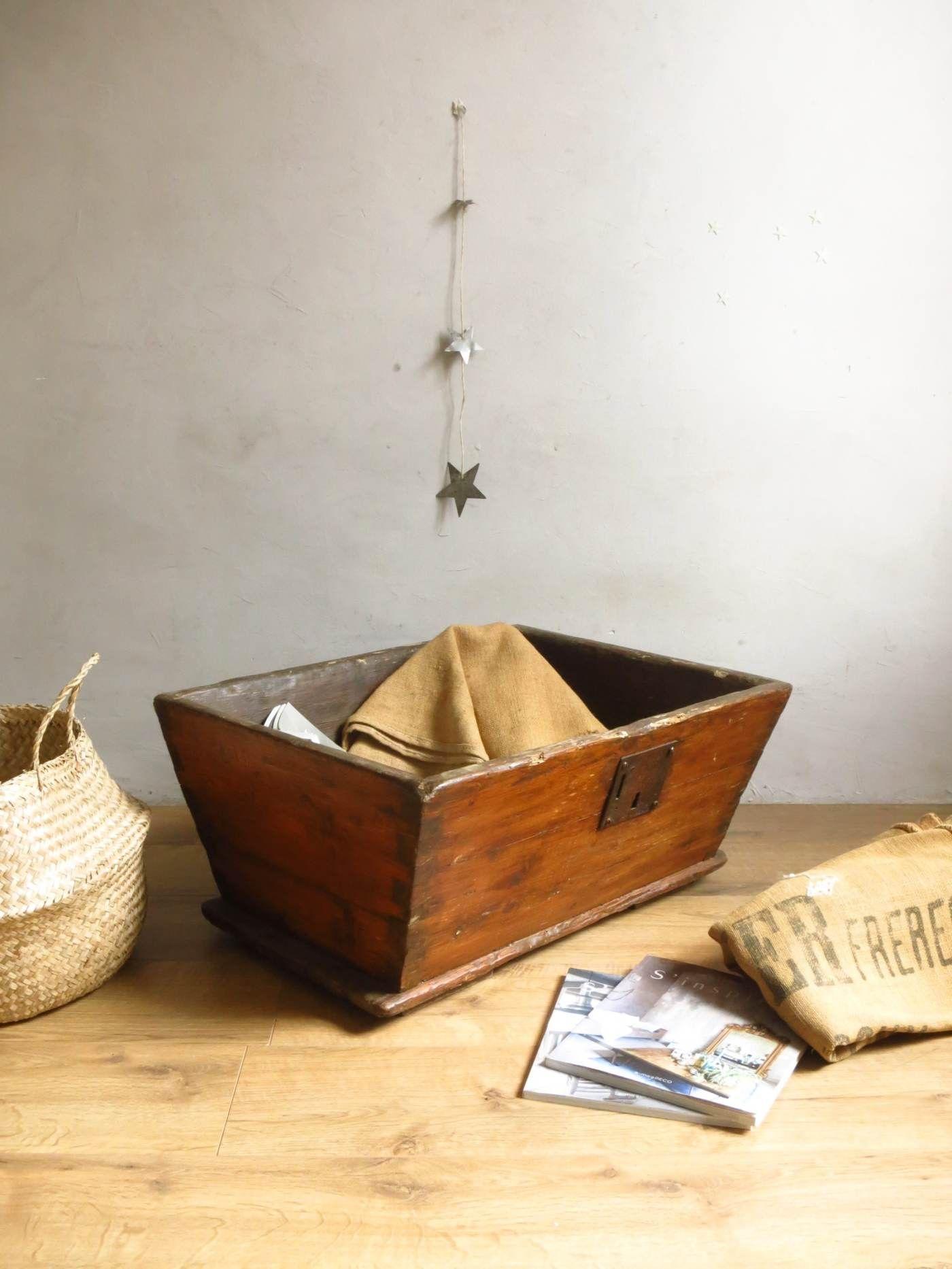Petit Etabli Bois Ancien petit pétrin   mobilier de salon