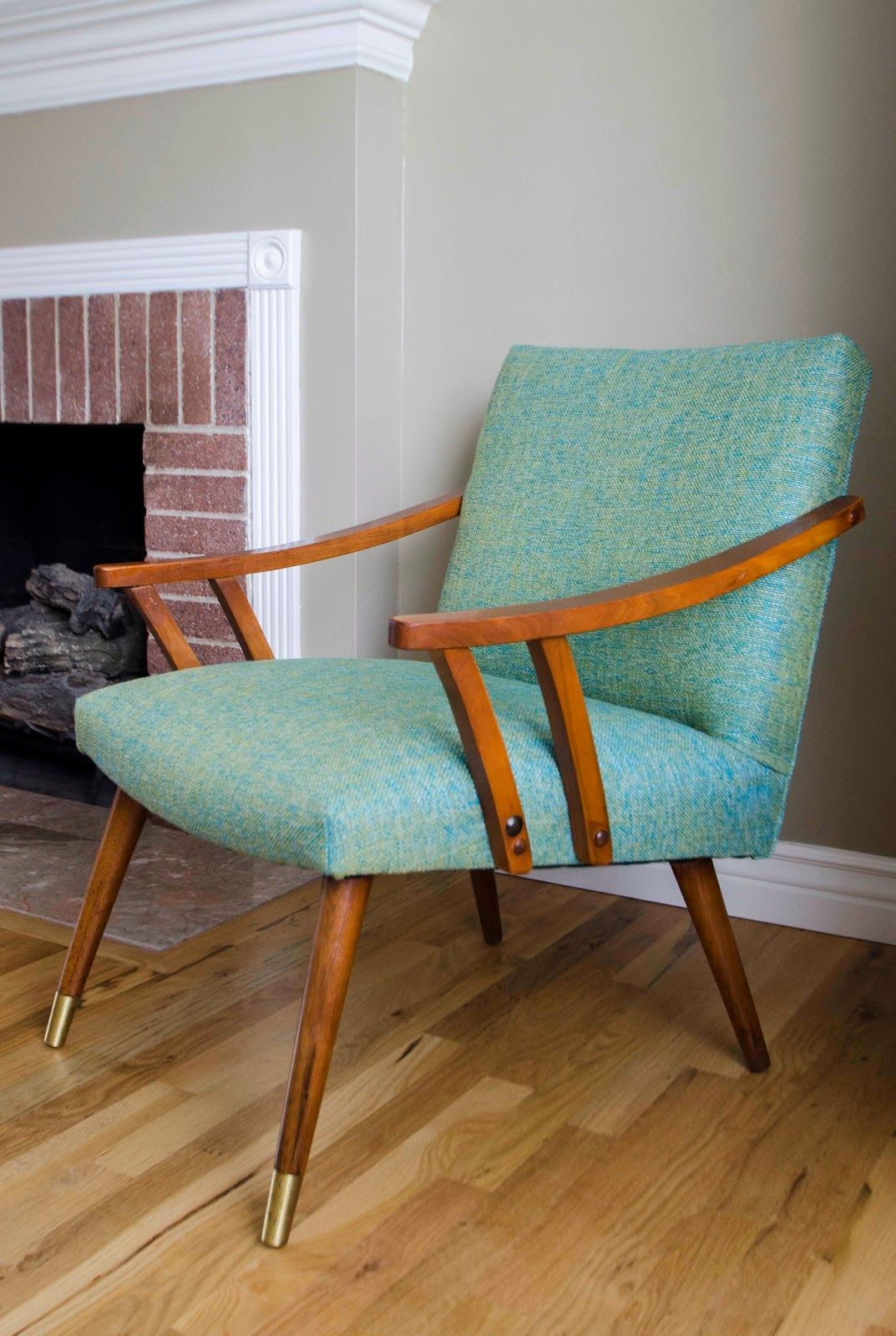 Prime Mid Century Modern Accent Chair Blue Green Upholstery Gmtry Best Dining Table And Chair Ideas Images Gmtryco