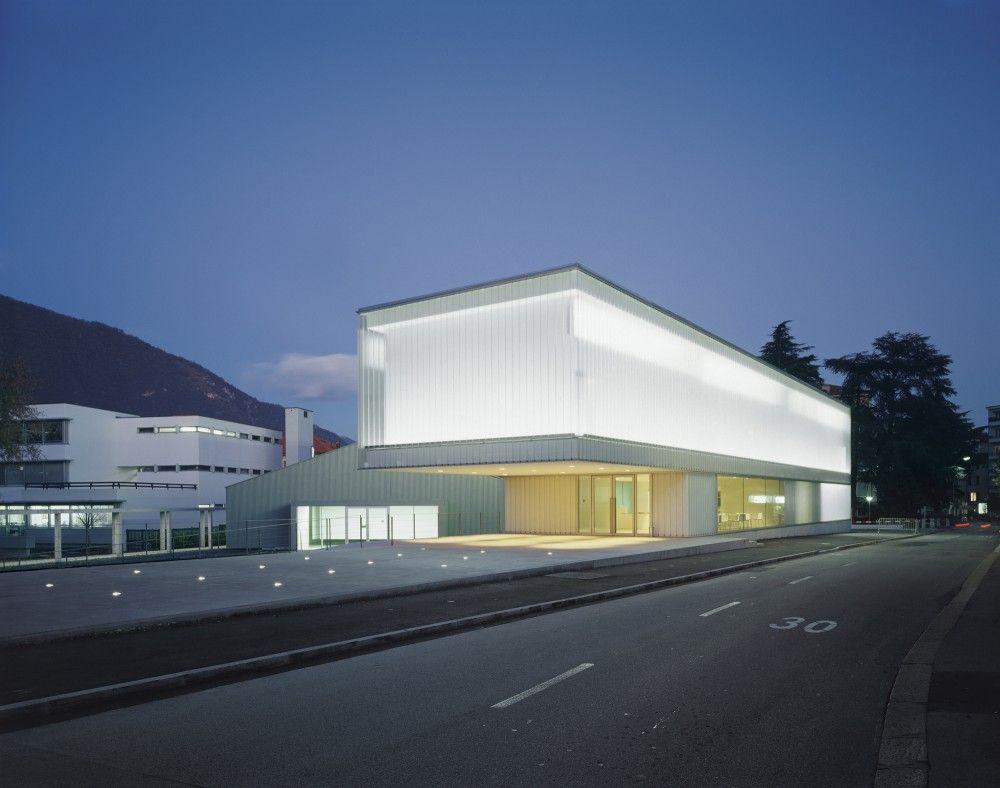 M.a.x. Museo by Durisch + Nolli Architetti. #nighttime