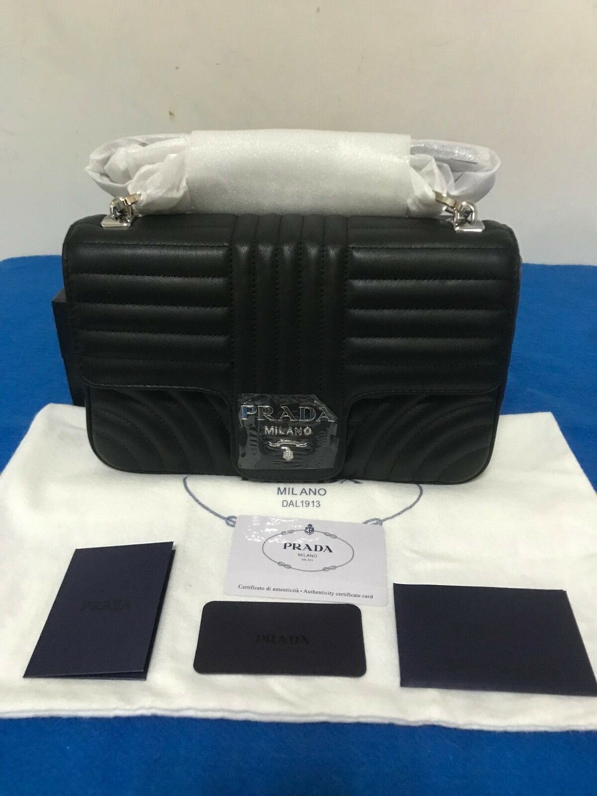 8abd878289ce Details about Tod's Black Leather Handbag NEW in 2019 | Prada ...