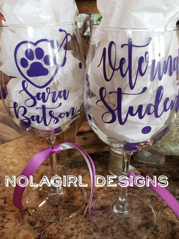 Veterinarian Wine Glass Vet Tech Appreciation Paw and
