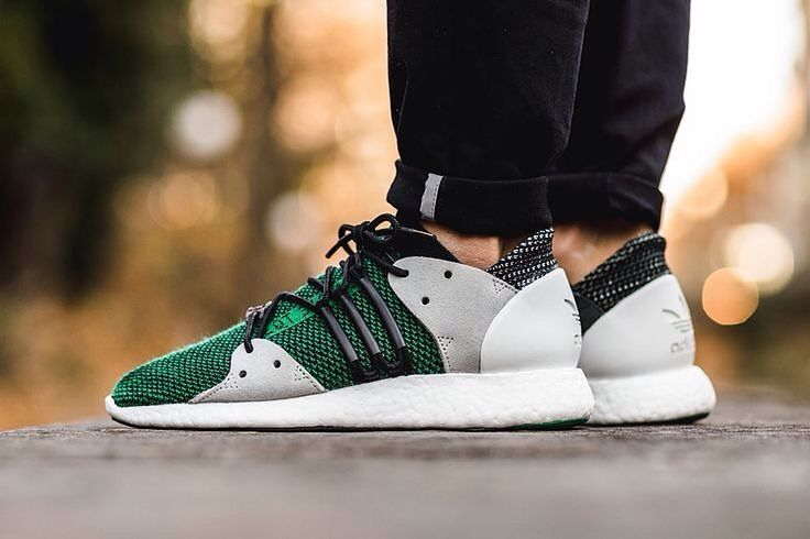 New ArrivalAdidas EQT 3/3. .  Webstore: http://ift.tt/1Mp2qlS  Whatsapp : 852 9866 5719 Wechat: kixfileshk  Tel : 3590 5509  Working Hours: 1pm - 9pm  地址 : 旺角彌敦道608號總統商業大廈20樓2002室 (信和隔離)  Address: Room 2002 20/F President Commercial Centre 608 Nathan Road Mong Kok Kowloon Hong Kong  #kixfiles #kixfileshk #adidas #eqt #eqt33 #hk #hkig #hkboys #hkgirl #igers #igshop #igstore #hkiger #hkigshop #hkigstore #hkigseller by kixfiles_hk
