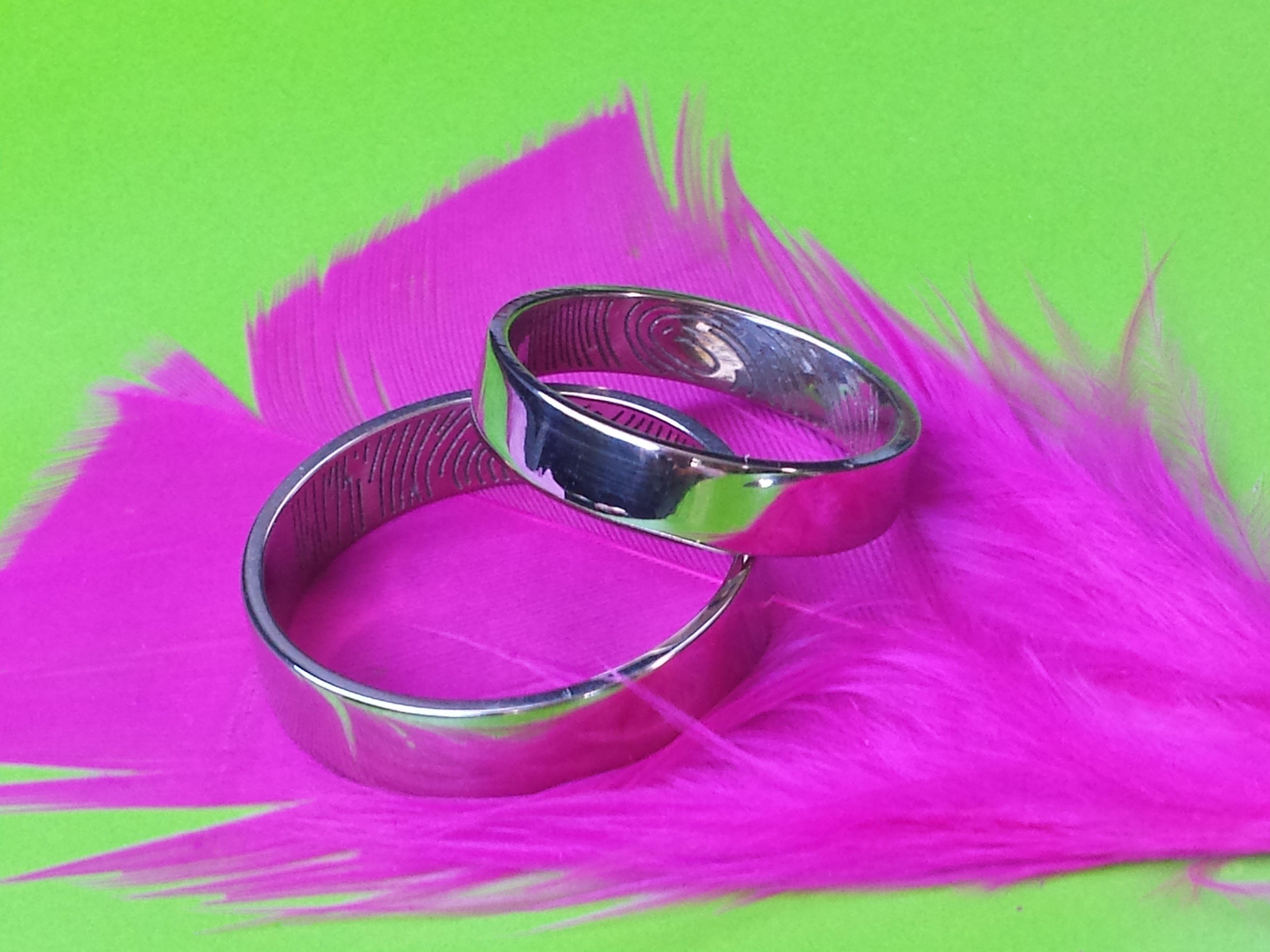 Alianzas con Huella Digital // Fingerprint wedding rings | Wedding ...