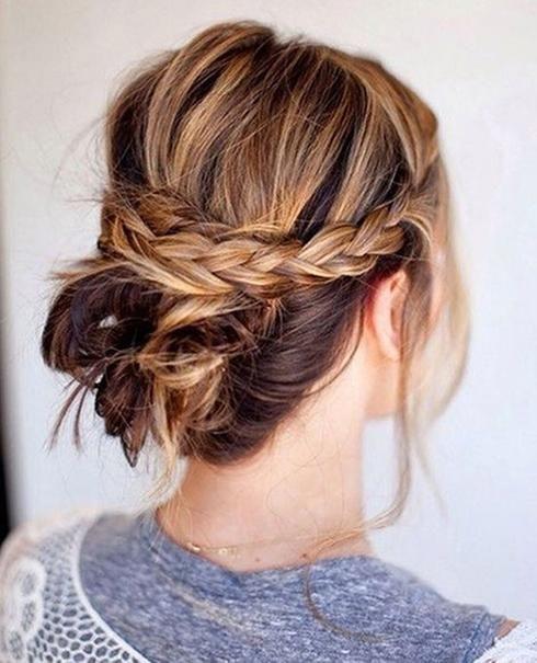 Chignon Decontracte Relax Demi Couronne Tresse Arie Hair Updo