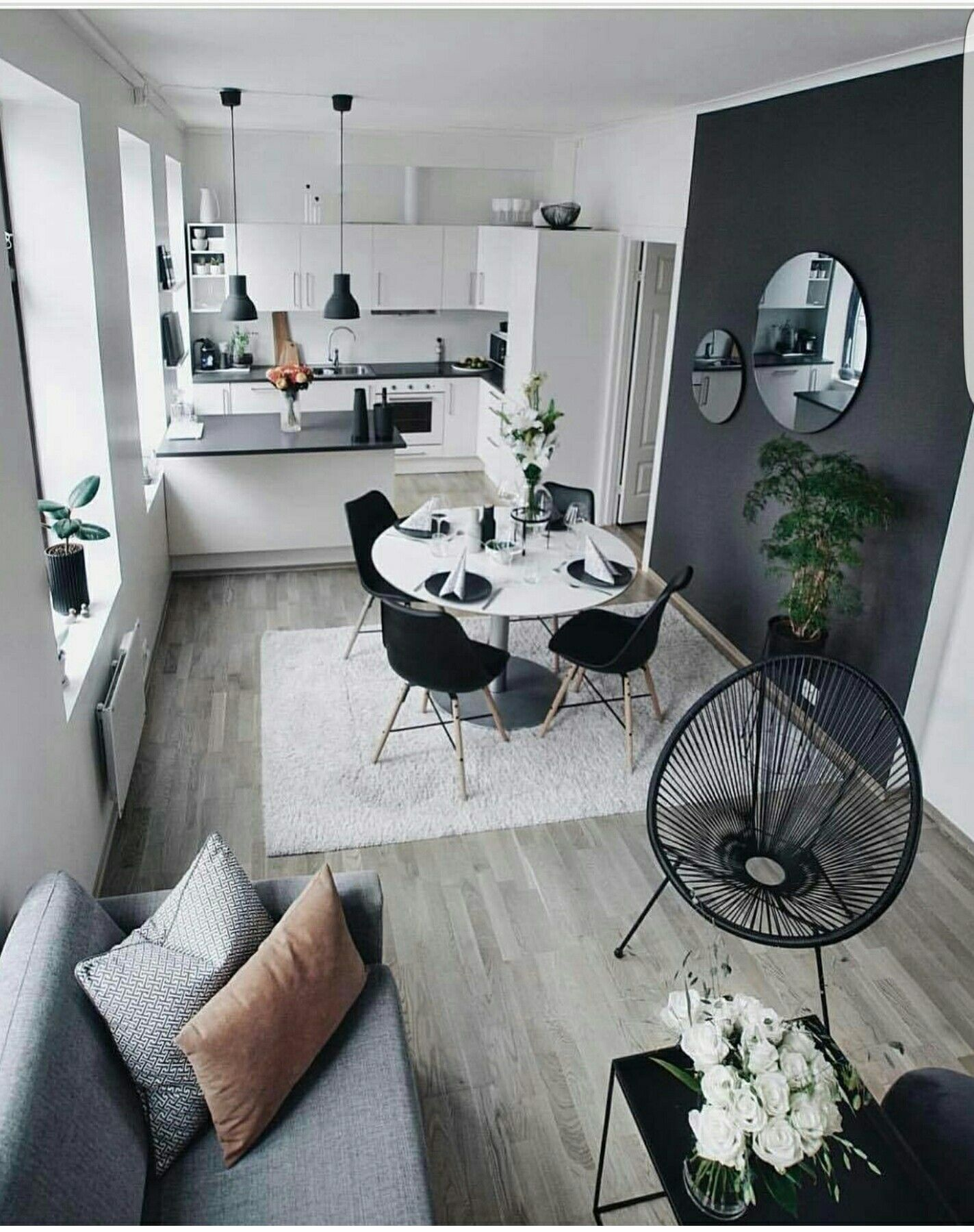 parete colorata apartment in 2019 minimalist home