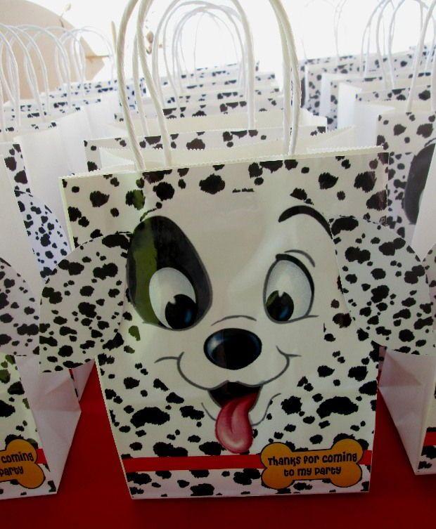 Hedgehog Lane Themed Decor 101 Dalmatians Dalmatian Party Dog Themed Parties 101 Dalmations Party