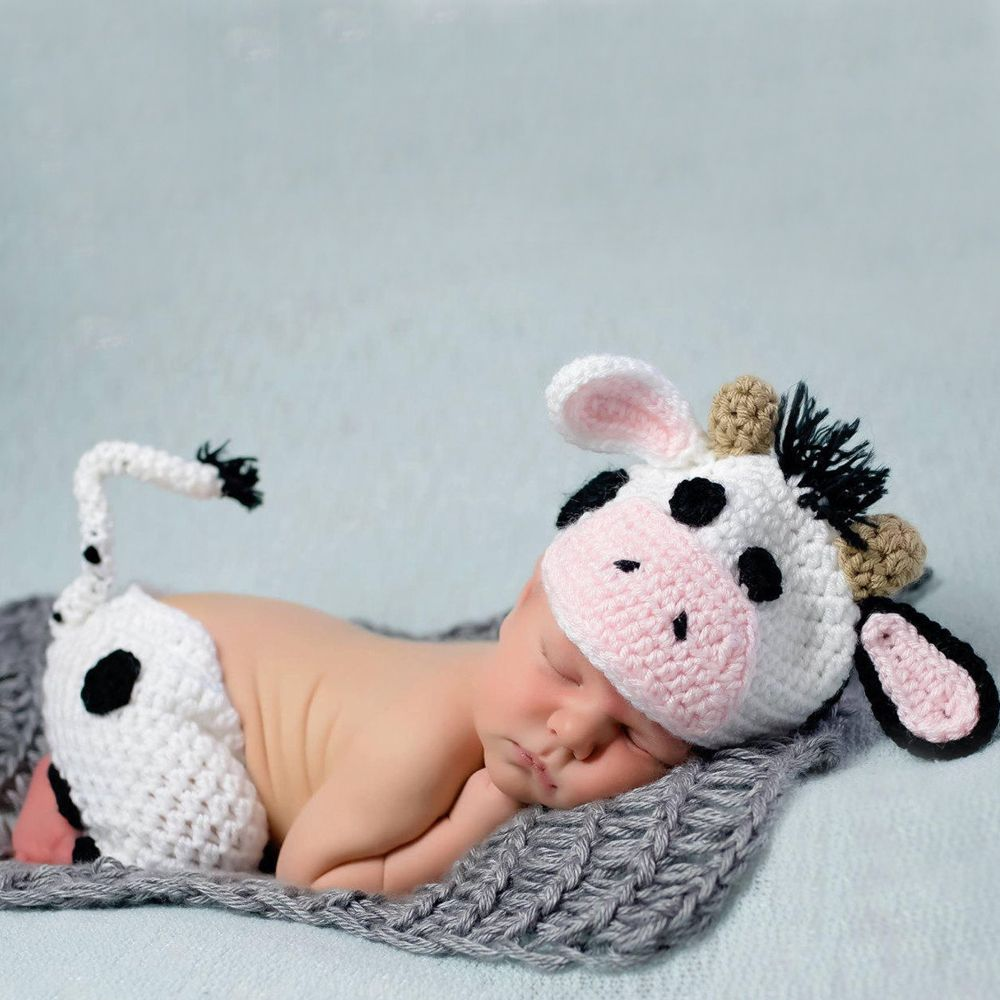 HANDMADE Crocheted Baby Clothing; Newborn baby photos; infant photo props; DIY baby photography; baby announcement photos; baby photo ideas