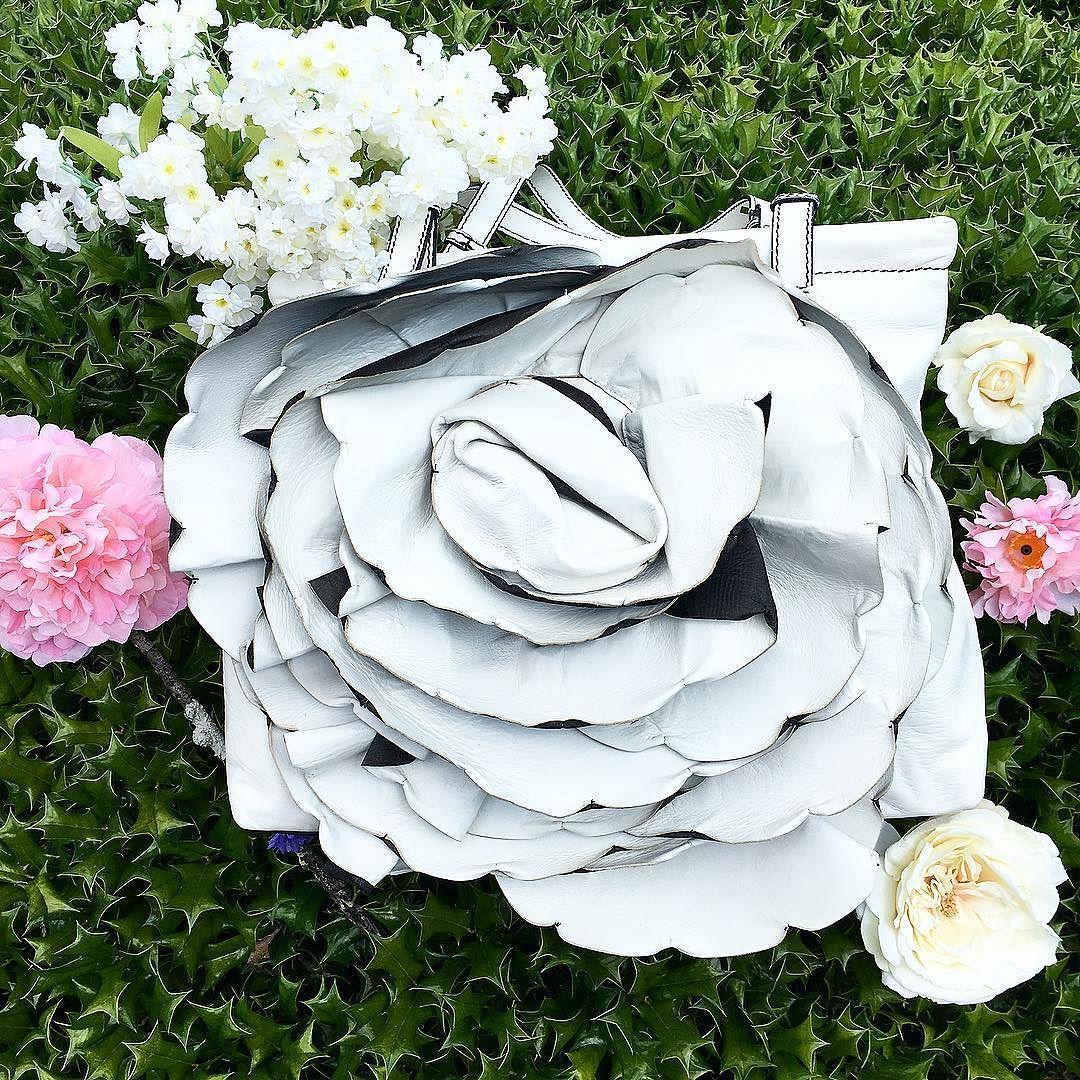 Valentino Crean Leather Patale Flower Bag Item 6513 12787 Price