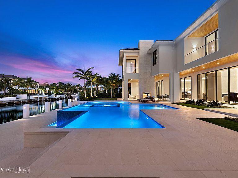 249 W Alexander Palm Rd Boca Raton Fl 33432 Mls Rx 10490235 Zillow Prairie Style Houses Alexander Palms Dream House Exterior