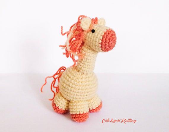 Amigurumi pattern, Crochet pattern, crochet Horse, crochet Horse pattern, crochet plush, stuffed animal, crochet animals, cute crochet toys #horsepattern