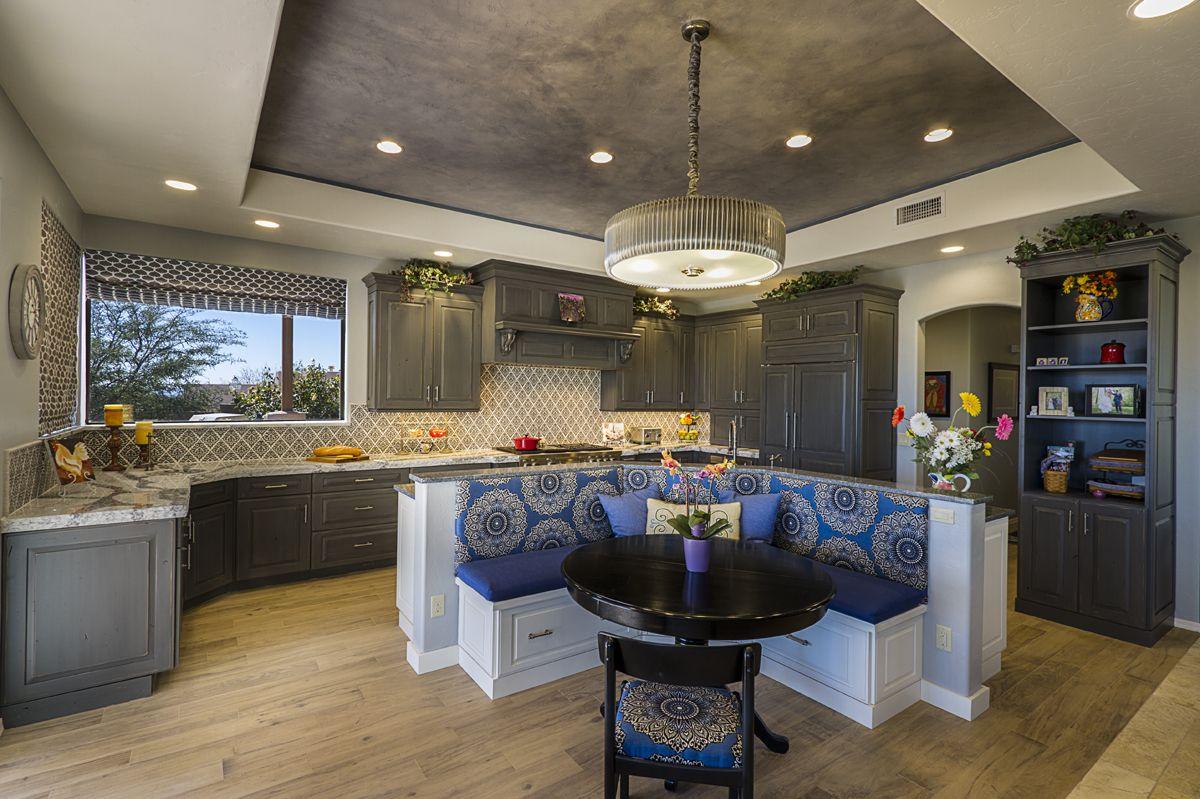 Best Frameless Frameless Kitchen Cabinets With Portsmouth Door 640 x 480