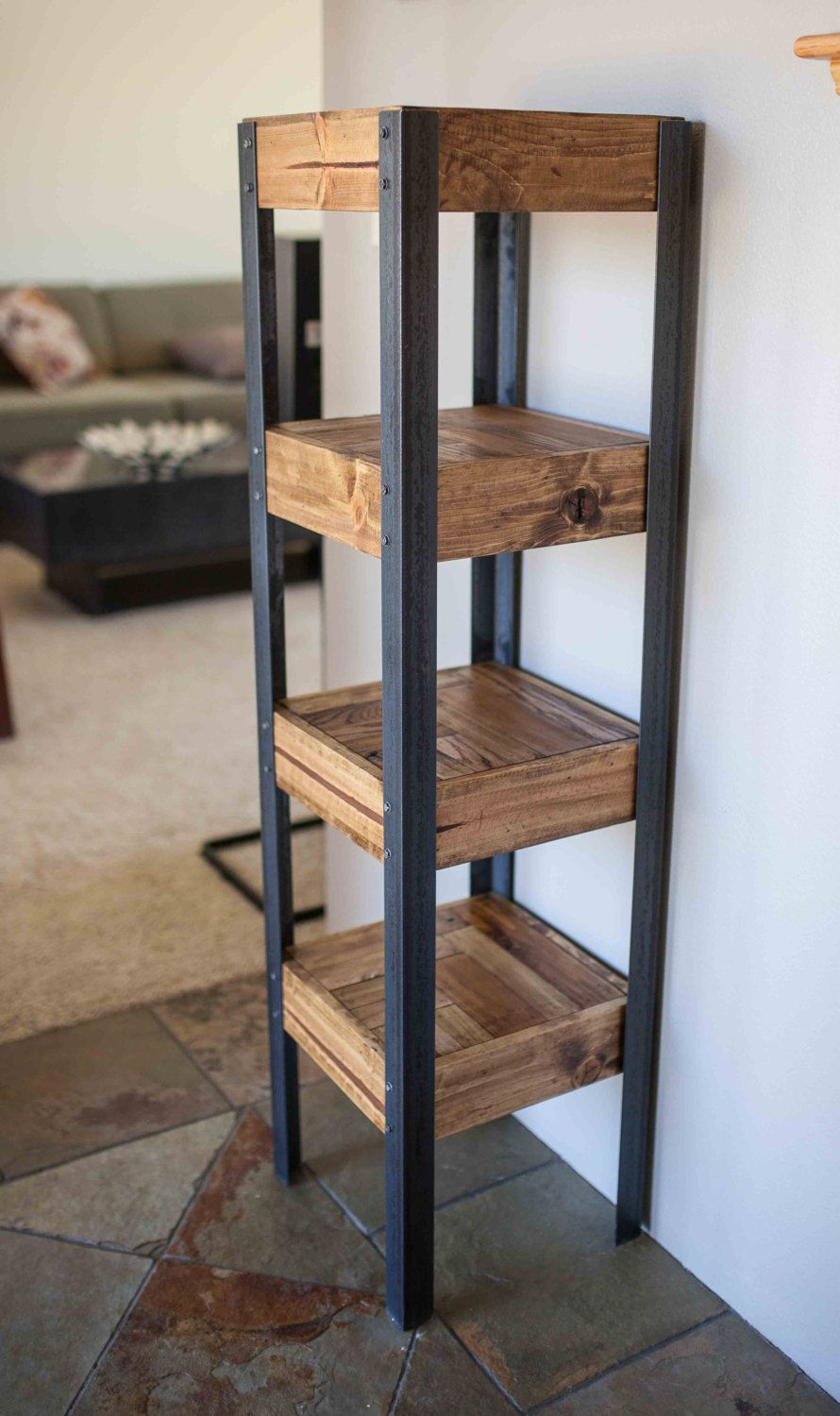 pallet wood bookshelf in 2018 holz pinterest recycelte paletten industrieller stil und. Black Bedroom Furniture Sets. Home Design Ideas