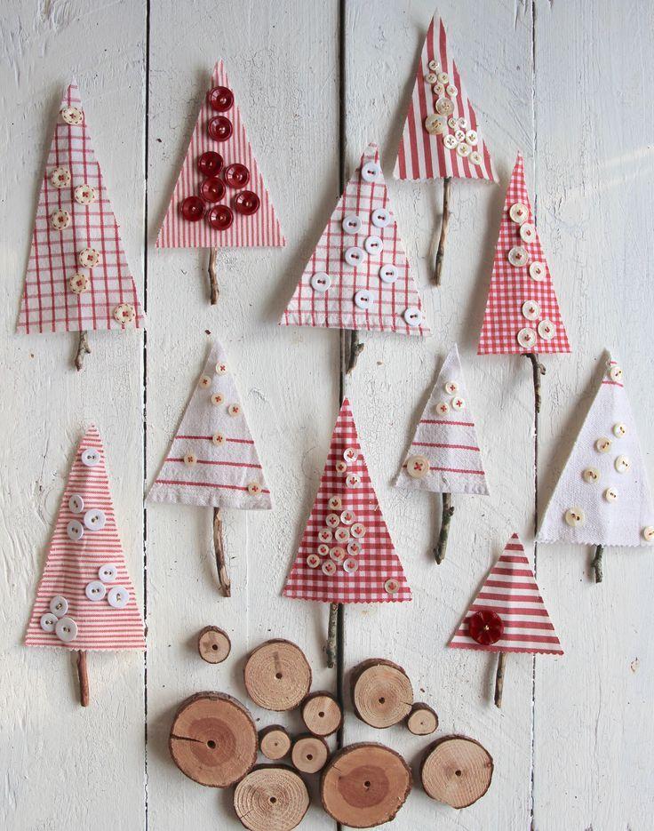 Knopf Bäumchen aus Stoffresten für Weihnachten – Sweet Laura -