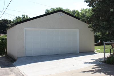 Two Car St Paul Stucco Garage With Images Garage Builders