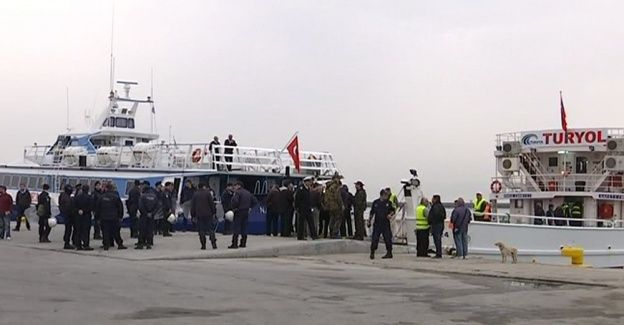Yunanistan ikinci sığınmacı grubunu da gönderdi