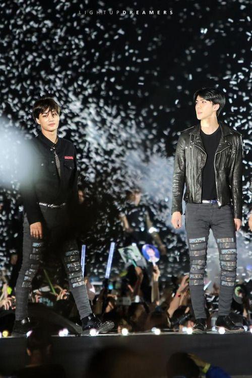 Sehun, Kai - 150523 I Love You Korea 2015 Dream Concert  Credit: Light Up Dreamers.  (사랑한다 대한민국 2015 드림콘서트)