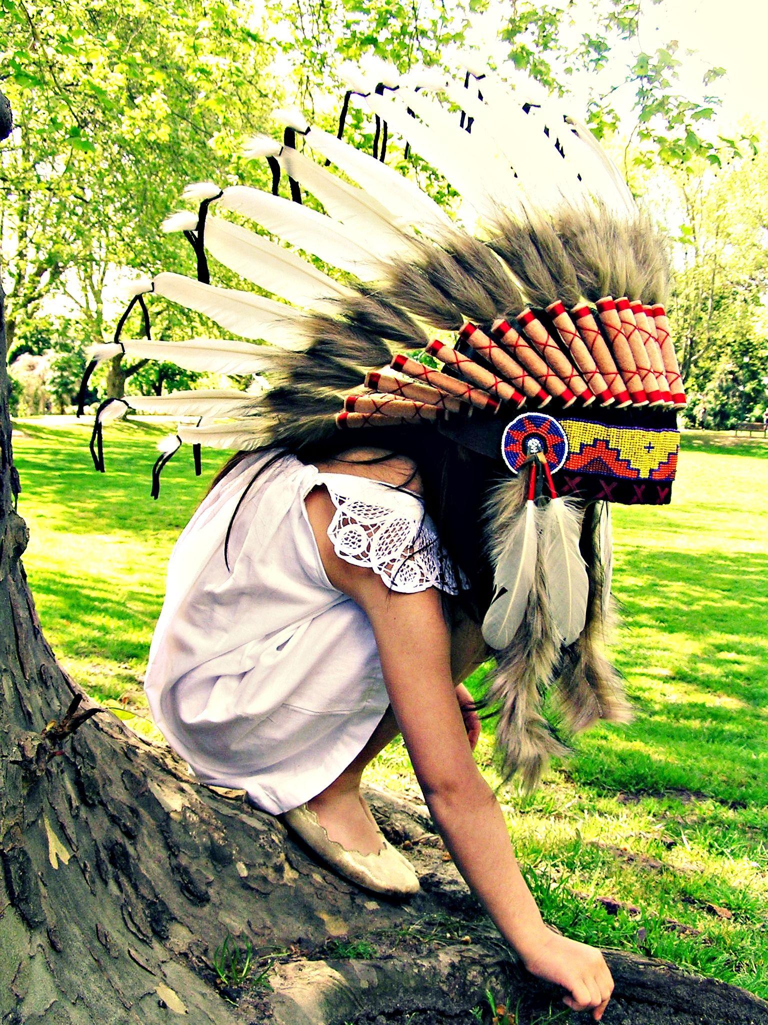 Little Girl Indian Headdress Feather Hat Cowboys