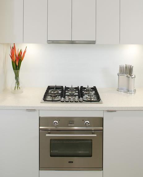 Ilve estufa y horno empotrable cocinas pinterest for Cocinas integrales con horno