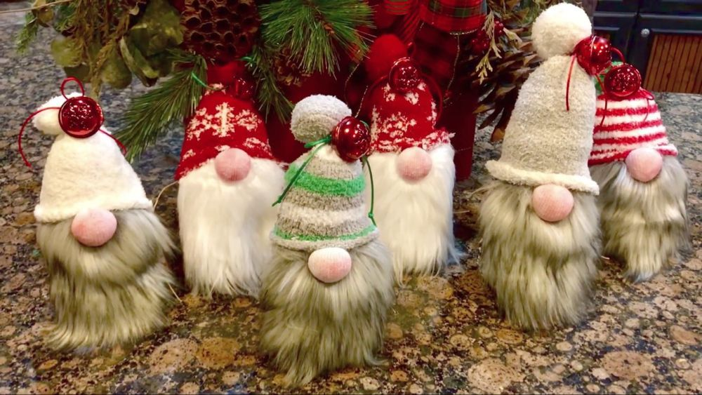How to make cute Christmas Gnomes in 15min!!! YouTube